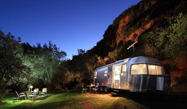 Airstream Glamping_Andalusië_Photograph by Wayne Chasan