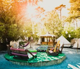 HOLASPAIN_Surf Camp Glamping_central