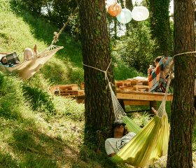 HOLASPAIN Surf Camp Glamping_relax