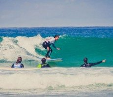 HOLASPAIN Surf Camp Glamping_surf2