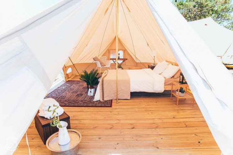 HOLASPAIN_Surf Camp Glamping_interior Bell tent